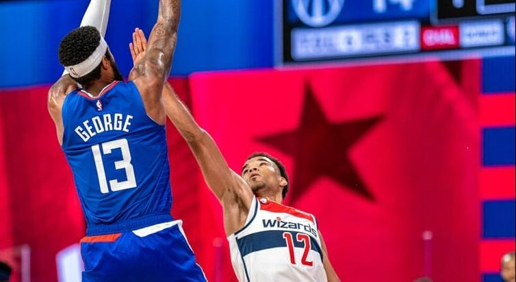 Clippers Beat the Wizards in Orlando, 105-100