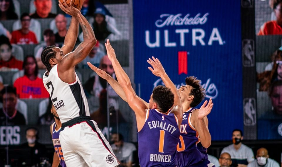 Recap: Heroic Booker, Suns beat Clippers, 117-115