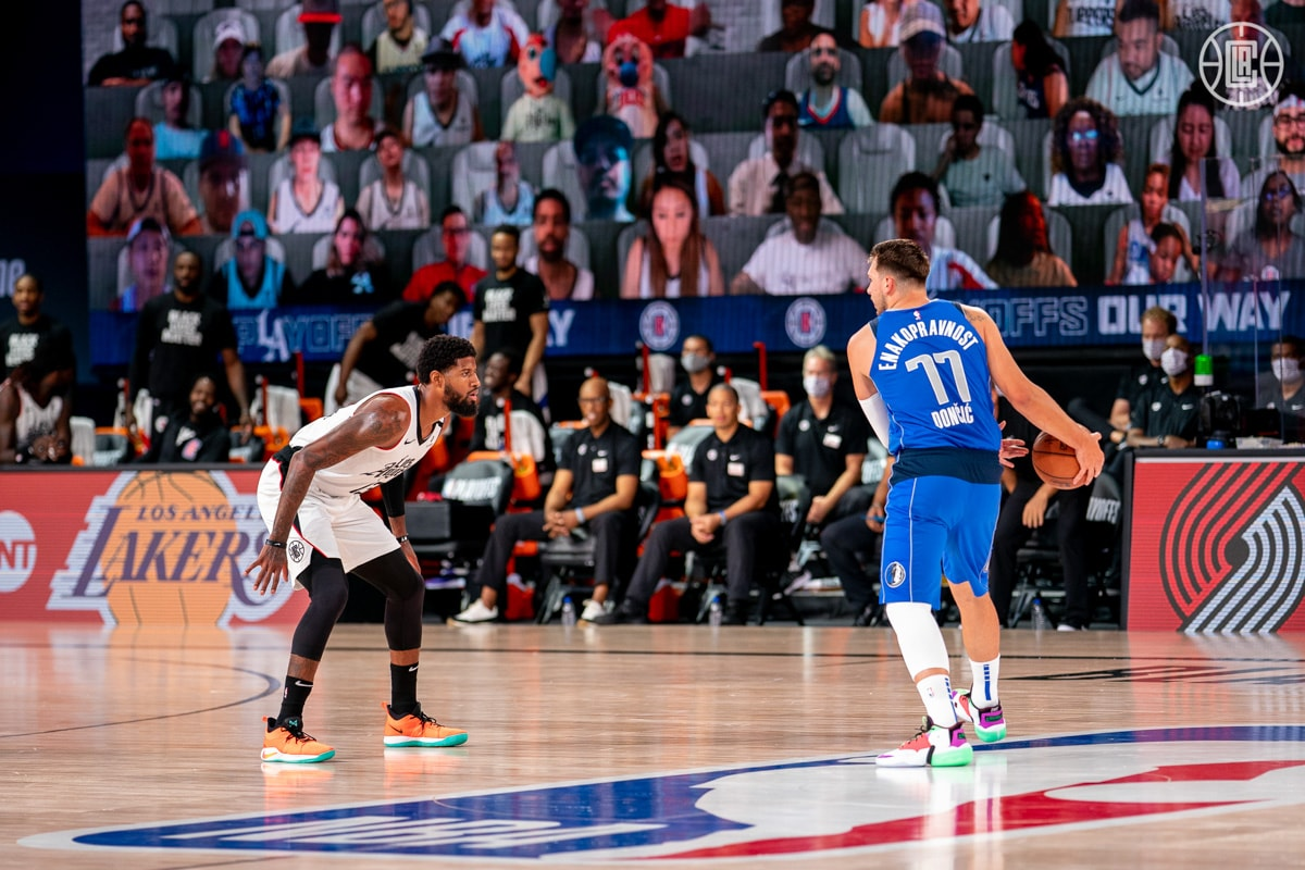 Clippers dominate game 5, defeat Mavericks 154-111